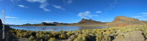 Fotografia  Scenic Nevada landscape with tranquil lake panoramic