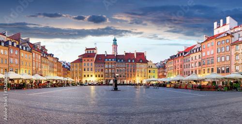 Obraz Rynek w Warszawie - fototapety do salonu