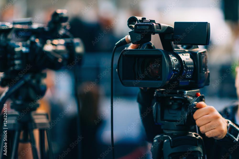 Fototapety, obrazy: TV cameras. TV cam recording event