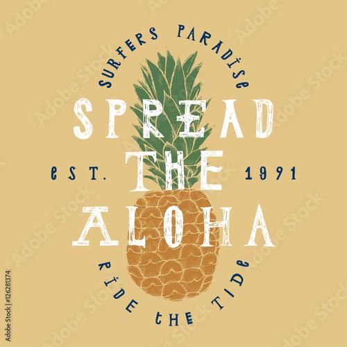 rozlozyc-wydruk-ananasowy-aloha-raj-dla-surferow-jezdzic-na-fali-napisy