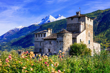 Beautiful Medieval Castle Of Valle D'Aosta - Sarriod De La Tour, Italy