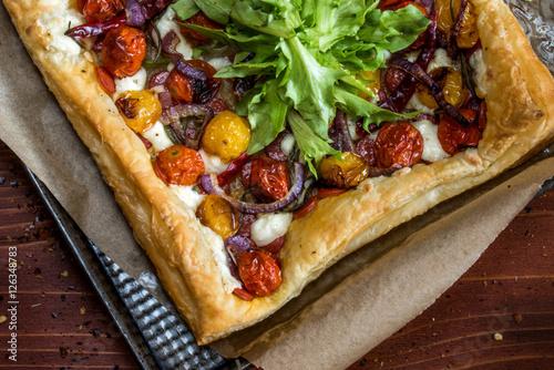 Valokuvatapetti Roasted Tomato Tart on a Baking Sheet