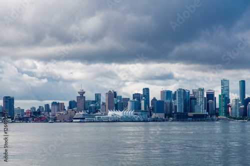 Foto op Aluminium New York Skyline of Vancouver on Stormy Day