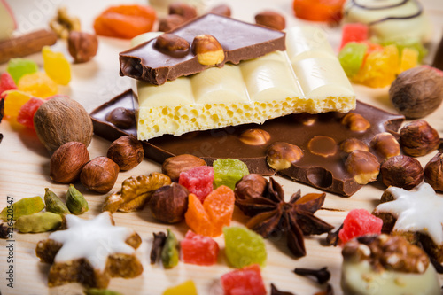 Keuken foto achterwand Snoepjes Food background with sweets and chocolate, selective focus