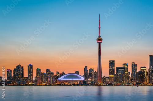 Staande foto Canada Toronto Skyline at twilight