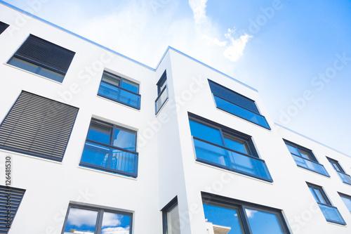 Fotografie, Obraz  Mehrfamilienhaus, Neubau in Deutschland