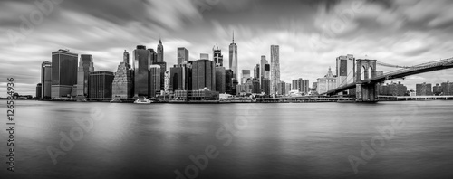 Manhattan from Brooklyn (B&W) Tablou Canvas
