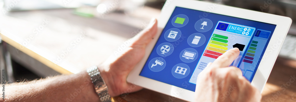 Fototapety, obrazy: Smart Home Haus automation mit smart house app auf tablet oder smartphone