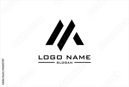 Fotografia  m logo flat