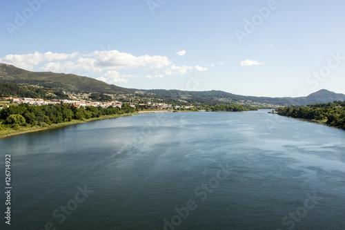 Fotografie, Obraz  view from Ponte da Amizade - Minho River