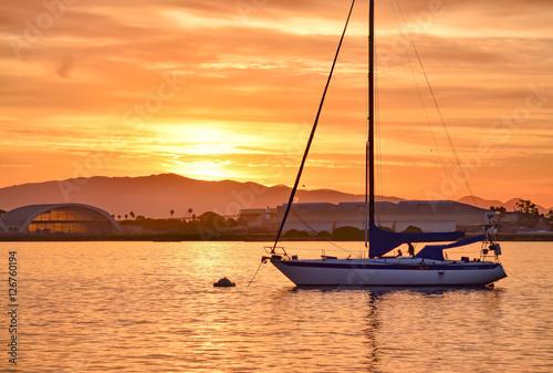 Fotografering  Sunrise in San Diego Bay