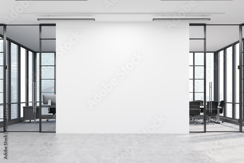 Foto op Aluminium Wand Office lobby with a large white wall and two meeting rooms