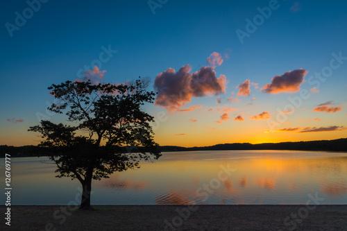 Foto op Plexiglas Crimson Calm Sunset
