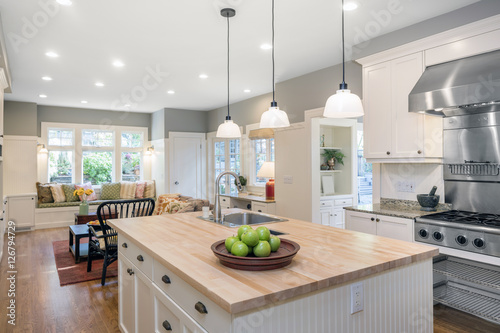 Αφίσα  Amazing Luxury Kitchen Interior in white with wooden floor and kitchen island