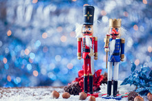 Soldier And King Nutcracker Statues Standing