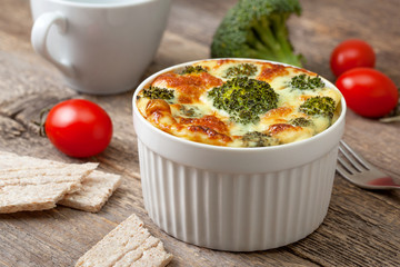 Broccoli casserole with eggs