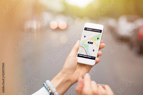 Obraz Ride sharing app on mobile phone - fototapety do salonu