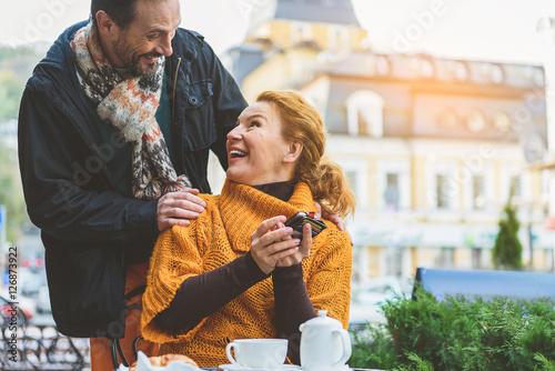 Online-Dating mit Debitkarte