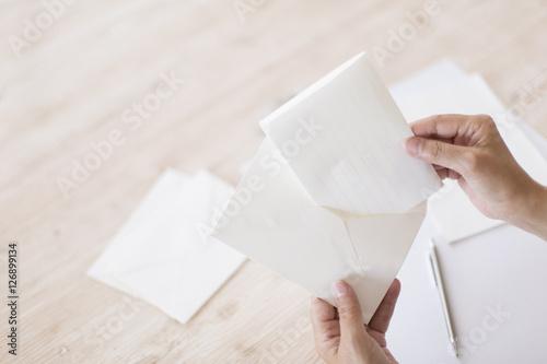 手紙を出す Fototapete