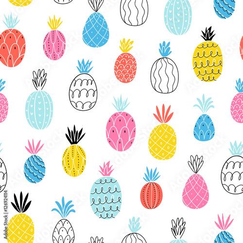 zabawny-wzor-ananasow