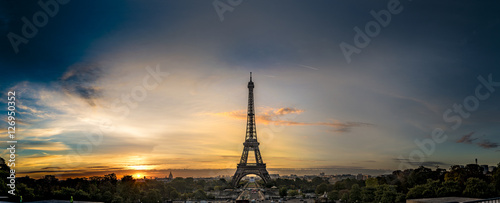 Poster de jardin Paris Sunrise Eifel Tower