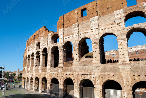 Fotografie, Obraz  Vista laterale del Colosseo