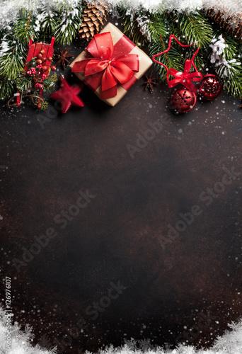 Foto-Doppelrollo - Christmas background with tree and decor (von karandaev)