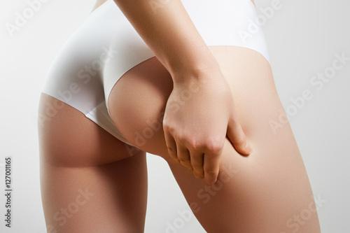 Zdjęcie XXL Piękne, szczupłe ciało kobiety. Idealne, smukłe, młode ciało