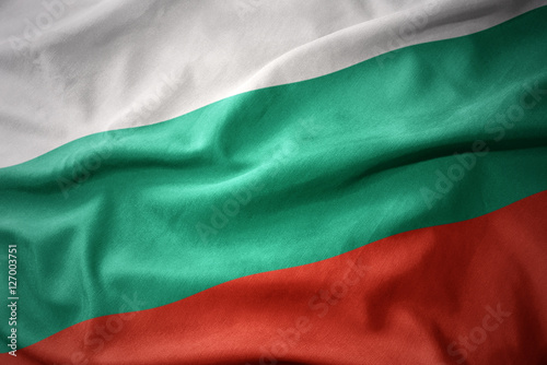 macha-kolorowe-flagi-bulgarii