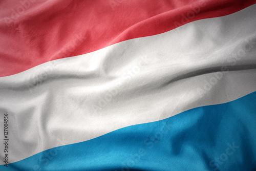 machac-kolorowe-flagi-luksemburga