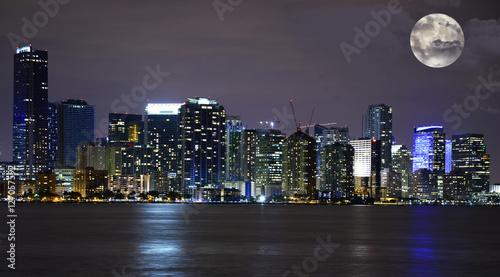 Full moon over Miami, Florida, USA © katy_89