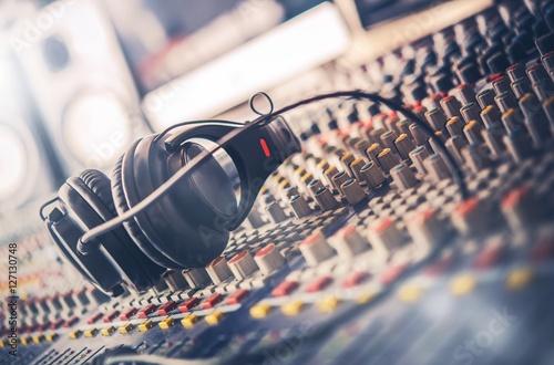 Cuadros en Lienzo  Sound Mastering Mixer