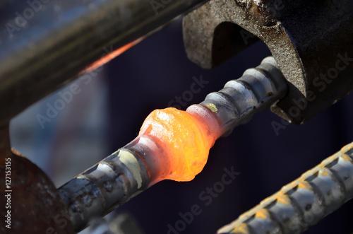 Fotografie, Obraz  鉄筋ガス圧接継手の膨らんだところ