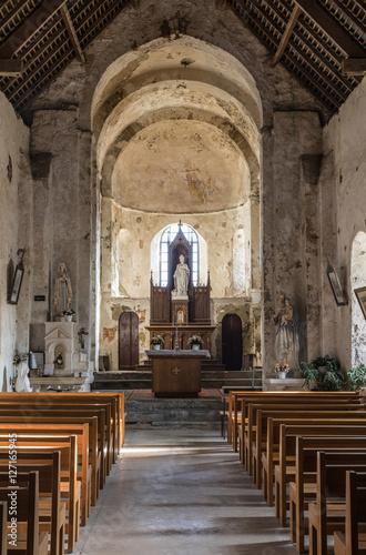 Obraz na plátně  L'intérieur de l'Église Saint-Nicolas de Saint-Nicolas-de-Brem
