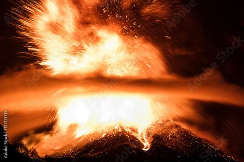 Staande foto Vulkaan Volcano Etna Eruption