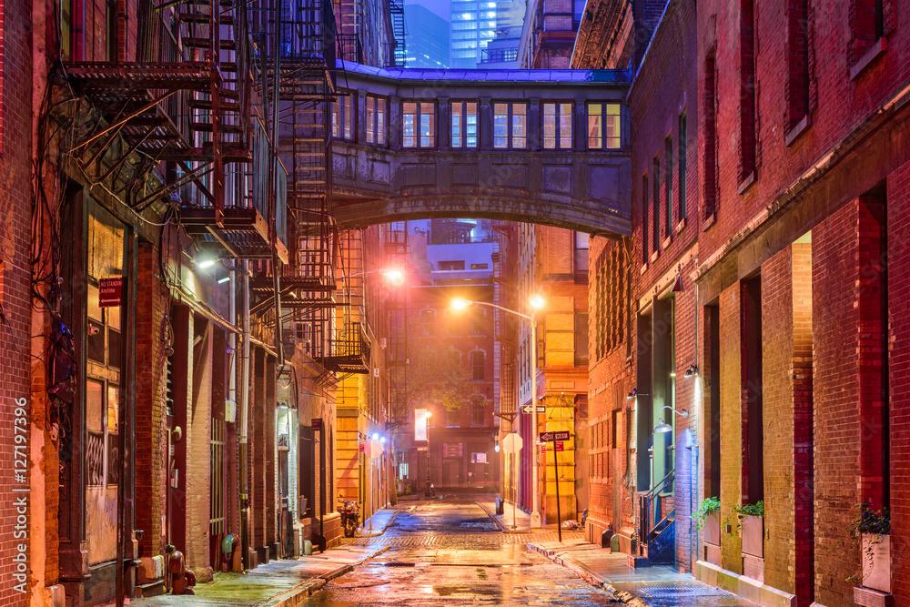Fototapety, obrazy: Tribeca Alley in New York