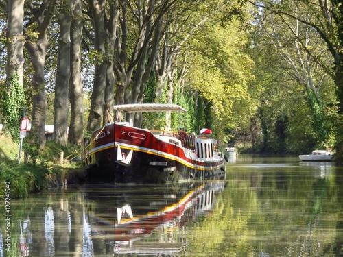 Fotografie, Obraz  Péniche sur le Canal du Midi (France)