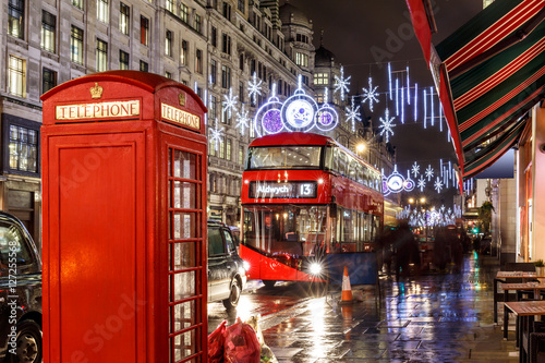 Spoed Foto op Canvas Londen christmas lights on London street