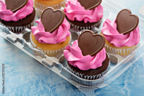 Romantic cupcakes with pink frosting