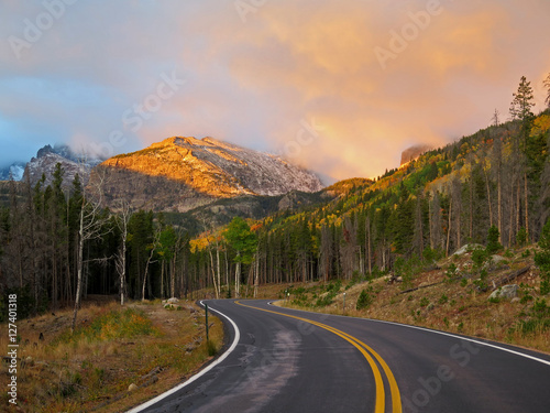 Keuken foto achterwand Turkoois Sunrise in Rocky Mountain National Park