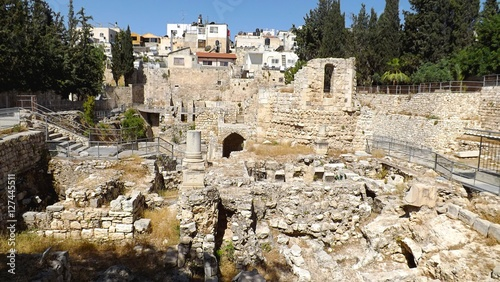 фотография  Pool of Bethesda ruins in Old City Jerusalem