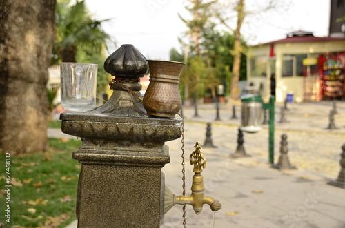 Foto op Plexiglas Artistiek mon. Köy Çeşmesi
