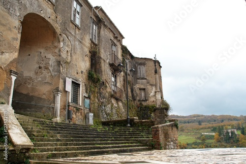 Photo The medieval castle  of Tufo in Irpinia, Campania, Italy