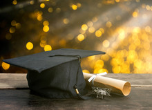 Graduation Cap, Hat With Degre...