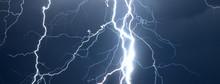 Huge Lightnings And Thunder Du...