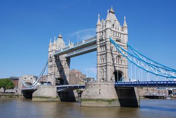 Fototapeta na wymiar Tower Bridge London, England