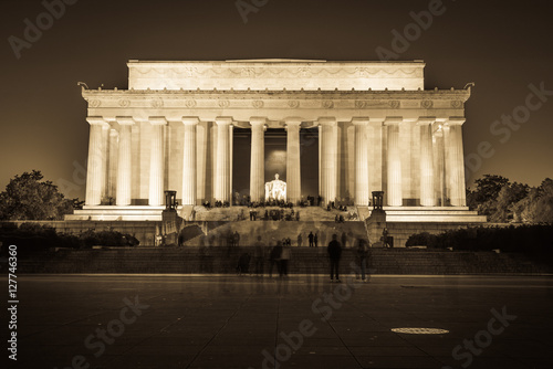 Fotografia  Abraham Lincoln Memorial National Mall Night Sunset Black and Wh