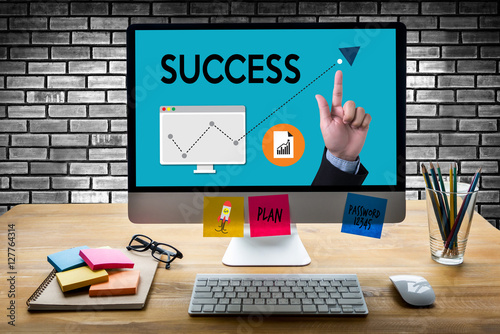 Photo  SUCCESS  Cooperate to successful work Quality Goals win