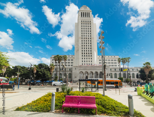 Keuken foto achterwand Los Angeles pink bench by Los Angeles city hall