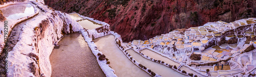 Cadres-photo bureau Rose clair / pale View of salt ponds, Maras, Cuzco, Peru